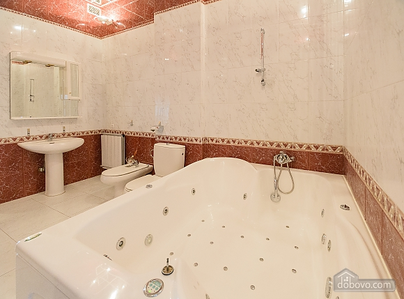 Classic Jacuzzi three bedroom apartment with kitchen and balcony, Vierzimmerwohnung (24803), 022