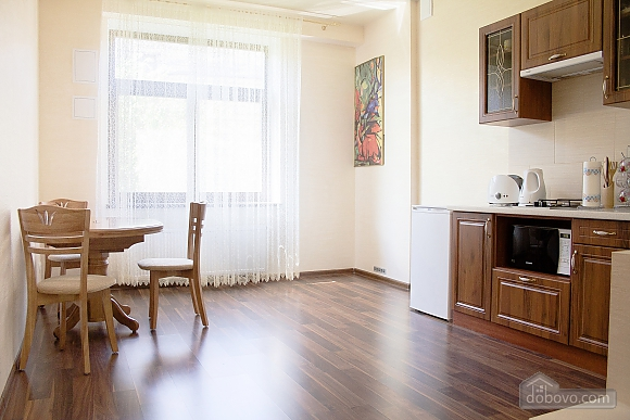 Apartment in the center in a new building, Zweizimmerwohnung (85985), 006