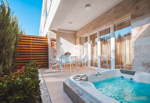 Новий будинок в Аркадії з приват СПА-басейном, 3-кімнатна (36839), 003