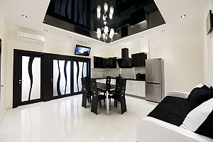 Stylish apartment in Arcadia, Two Bedroom, 004