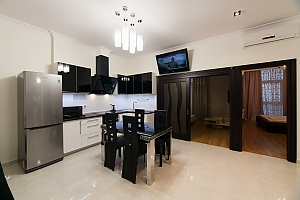 Stylish apartment in Arcadia, Two Bedroom, 002