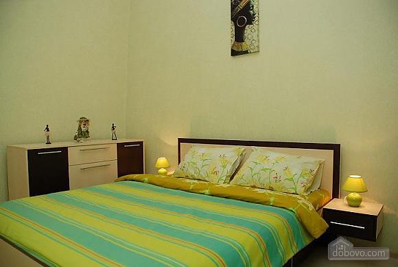 Квартира в історичному центрі, 3-кімнатна (21237), 004