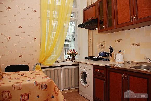 Квартира в історичному центрі, 3-кімнатна (21237), 007