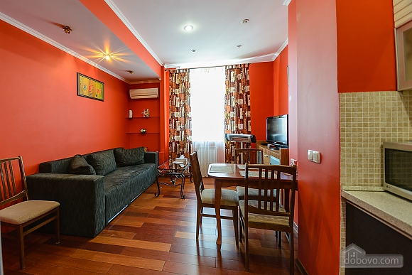 Стильна квартирі біля метро, 3-кімнатна (93902), 009