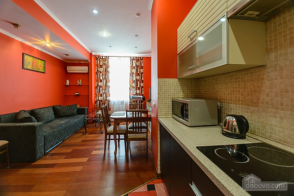 Stylish apartment near the metro, Deux chambres (93902), 010