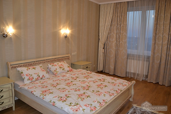 VIP suites with views of the waterfront, Un chambre (34277), 004