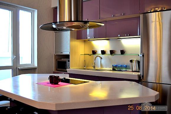 Дизайнерская квартира, 1-комнатная (26327), 002