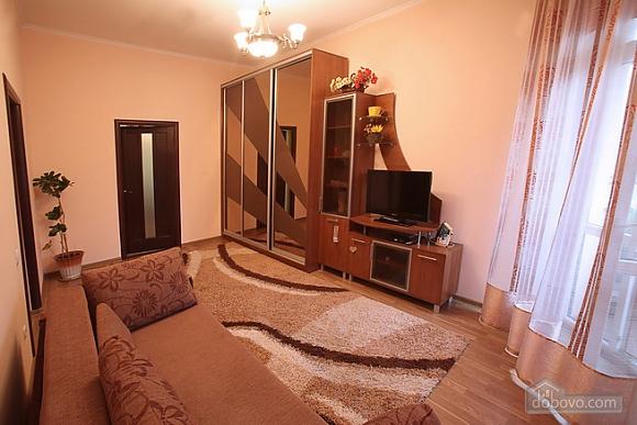 Затишна квартира в центрі, 2-кімнатна (28342), 004