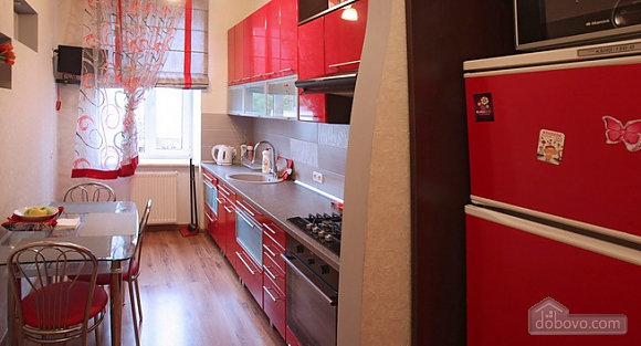 Затишна квартира в центрі, 2-кімнатна (28342), 012
