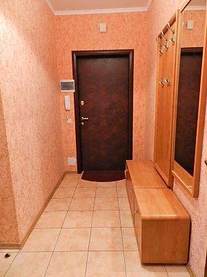 Затишна квартира на Позняках, 2-кімнатна, 005