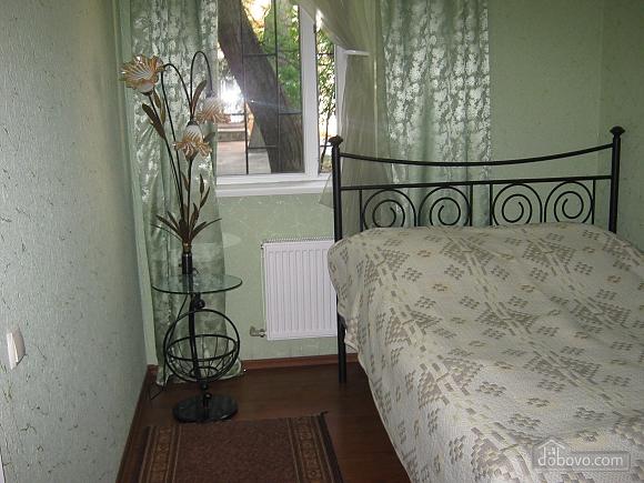 Квартира в центрі міста, 3-кімнатна (27164), 001