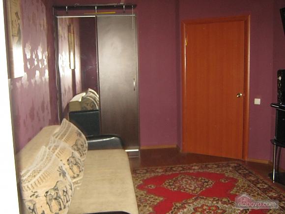 Квартира в центрі міста, 3-кімнатна (27164), 005