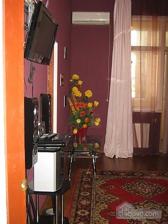 Квартира в центрі міста, 3-кімнатна (27164), 006