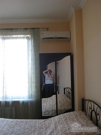 Квартира в центрі, 1-кімнатна (87453), 002