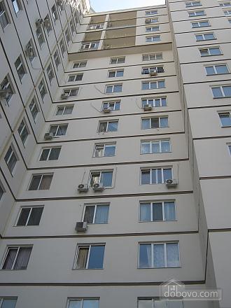 Квартира в центрі, 1-кімнатна (87453), 010