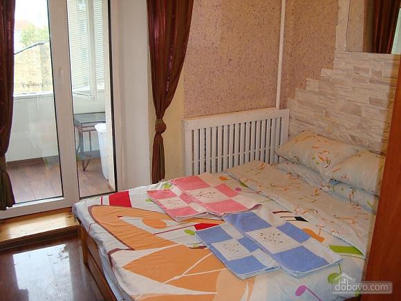 Colorful apartment on Maidan Nezalezhnosti square, Two Bedroom (61410), 007