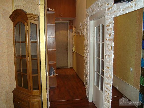Colorful apartment on Maidan Nezalezhnosti square, Two Bedroom (61410), 009