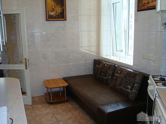 Colorful apartment on Maidan Nezalezhnosti square, Two Bedroom (61410), 012