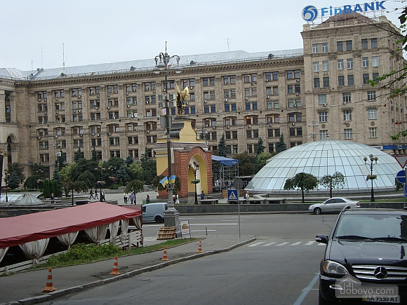 Colorful apartment on Maidan Nezalezhnosti square, Two Bedroom (61410), 020