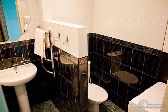 Квартира біля метро Героїв Дніпра, 2-кімнатна (50703), 009