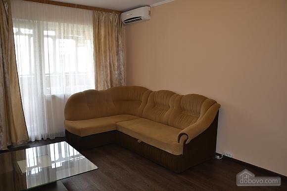 Квартира біля метро Героїв Дніпра, 2-кімнатна (50703), 003
