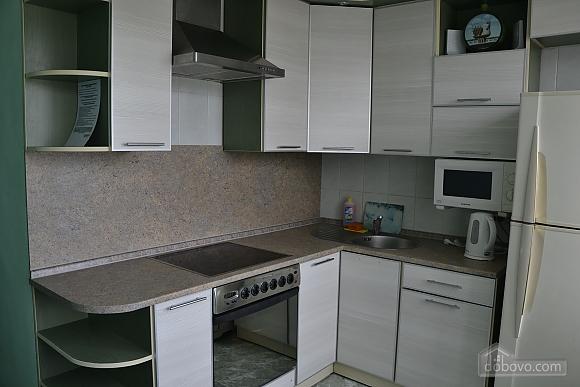 Квартира біля метро Героїв Дніпра, 2-кімнатна (50703), 005