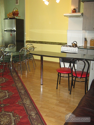 Apartment in the city center, Three Bedroom (60538), 003