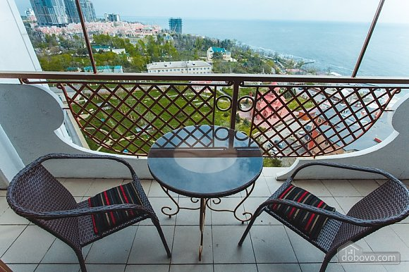 Дворівневі апартаменти біля моря, 2-кімнатна (51599), 010