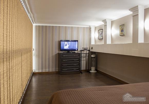 Дворівневі апартаменти біля моря, 2-кімнатна (51599), 005