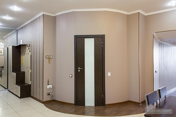 Дворівневі апартаменти біля моря, 2-кімнатна (51599), 006