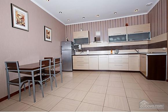 Дворівневі апартаменти біля моря, 2-кімнатна (51599), 008