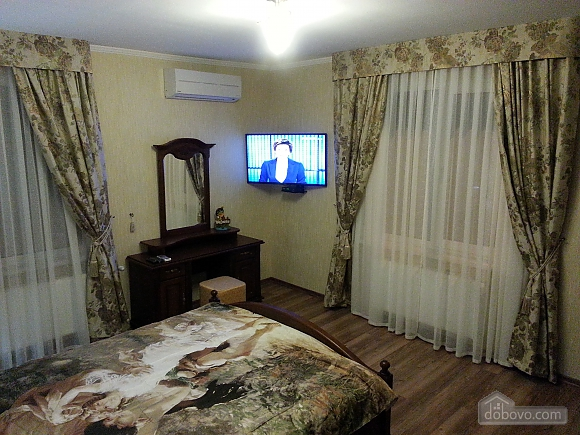 New VIP apartment in the center near the pump room, One Bedroom (24361), 002