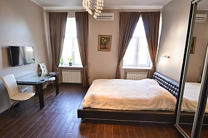 Brand new apartment next to premire Palace hotel, Studio, 003