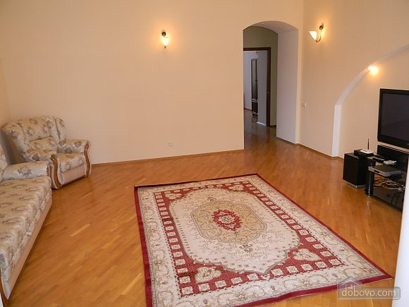 Luxury apartment in the city center, Due Camere (12425), 001