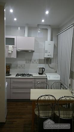 Apartment in the center, Studio (32320), 004