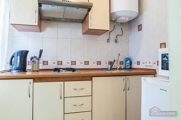 Красива квартира в самому центрі, 2-кімнатна (83859), 006