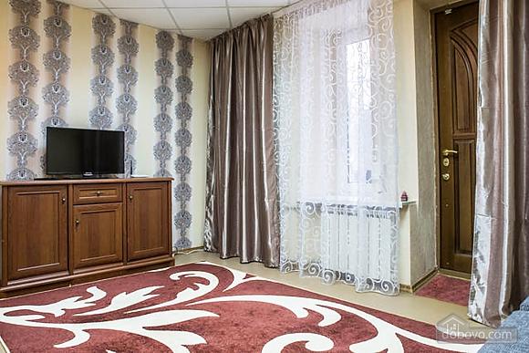 Красива квартира в самому центрі, 2-кімнатна (83859), 003