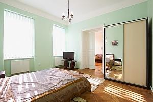 Квартира в центрі з Wi-Fi, 2-кімнатна, 002