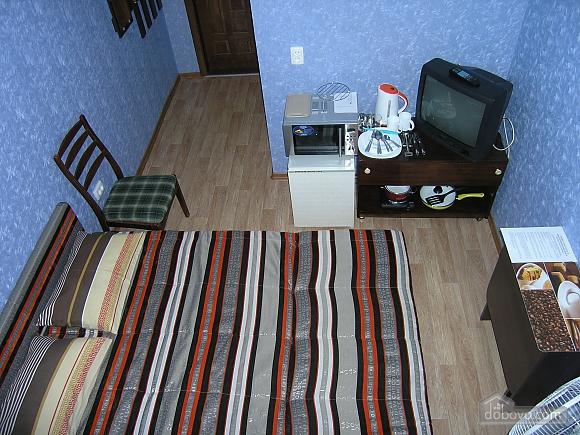 Квартира неподалік від залізничного вокзалу, 1-кімнатна (15387), 003