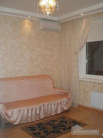 Квартира в новом элитном доме, 1-комнатная (26493), 001