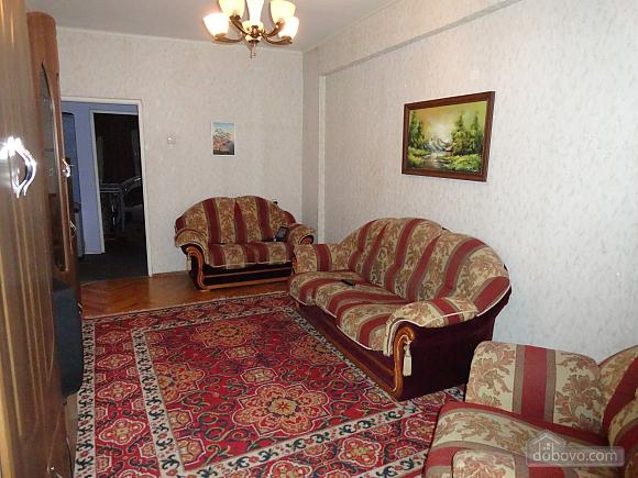 Apartment near to Druzhby Narodiv station, One Bedroom (10705), 001