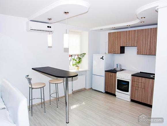 Квартира класса люкс в ЮЗР, 1-комнатная (50356), 009