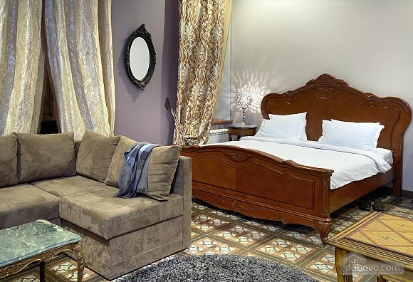 Шикарная квартира в центре города, 1-комнатная (46997), 001