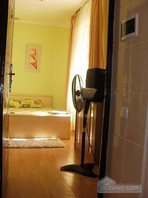 Уютный малогабаритный коттедж, 1-комнатная (56629), 004