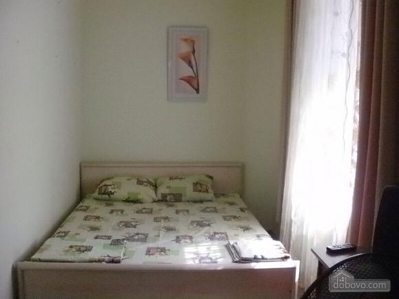 Уютный малогабаритный коттедж, 1-комнатная (56629), 001