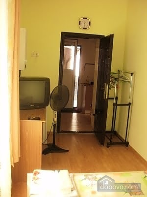 Уютный малогабаритный коттедж, 1-комнатная (56629), 006