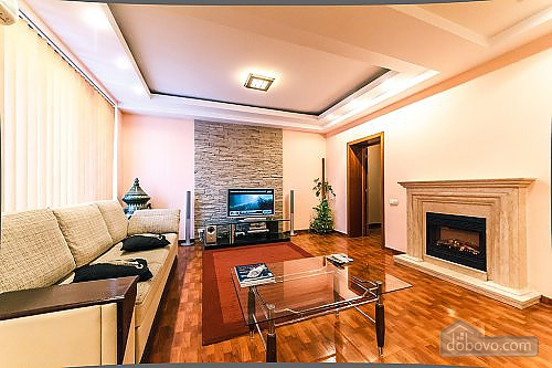 Apartment with a fireplace on Besarabska square, One Bedroom (78974), 003