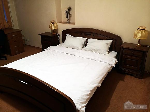 Апартаменты с камином на Бессарабской площади, 2х-комнатная (78974), 012