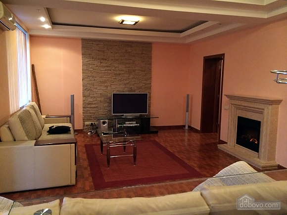 Apartment with a fireplace on Besarabska square, One Bedroom (78974), 006