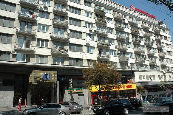Апартаменты с камином на Бессарабской площади, 2х-комнатная (78974), 018